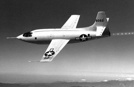 اسرع 50 طائرة في العالم X1_02