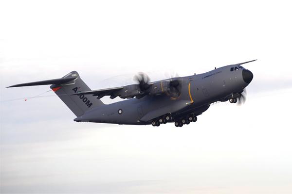 Airbus : Le 4e A400M prend son envol 950