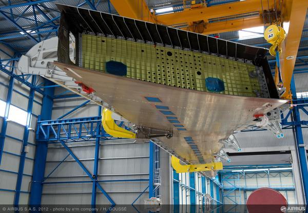 Airbus A350XWB: Livraison de la première aile (photos) 2230