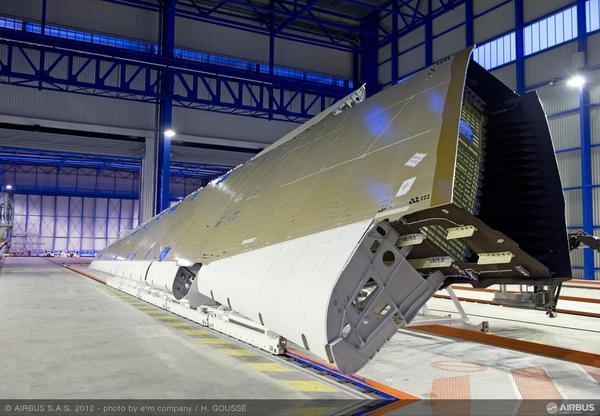 Airbus A350XWB: Livraison de la première aile (photos) 2231