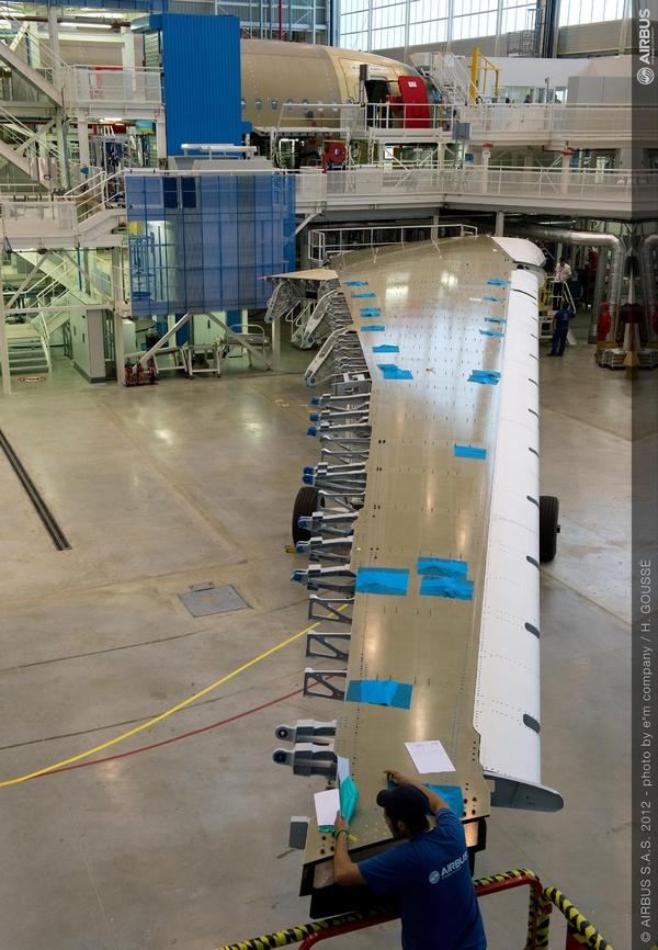 Airbus A350XWB: Livraison de la première aile (photos) 2234