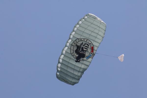 """Le 19 mai dernier, Aeroweb-fr.net a été à la découvert de la mythique """"Tante JU"""". Dans cette première partie le Junkers JU-52 de l'AJBS. 5468"""