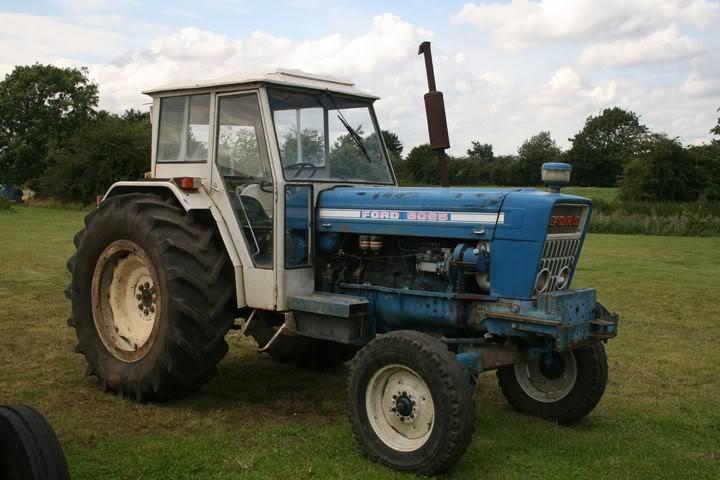 Quels tracteur rêviez-vous d'avoir quand vous étiez gosse ? - Page 2 IMG_0518103