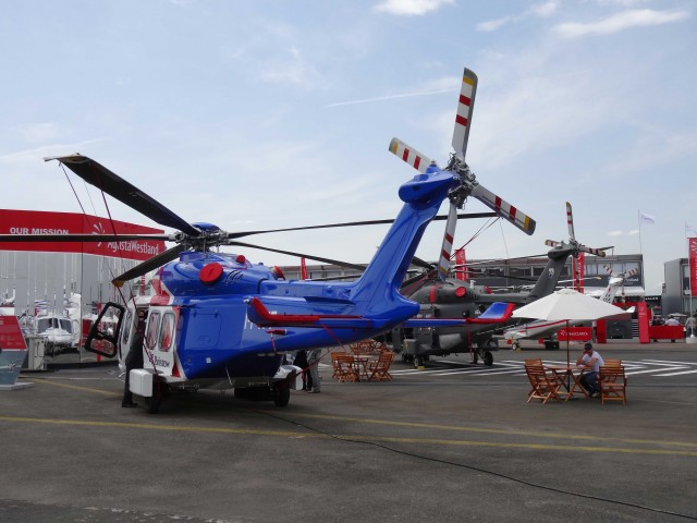 Bourget 2013 : avec Soar, Thales se lance dans le vol suborbital Par Rémy Decourt Air-journal-bourget-2013-19-640x480