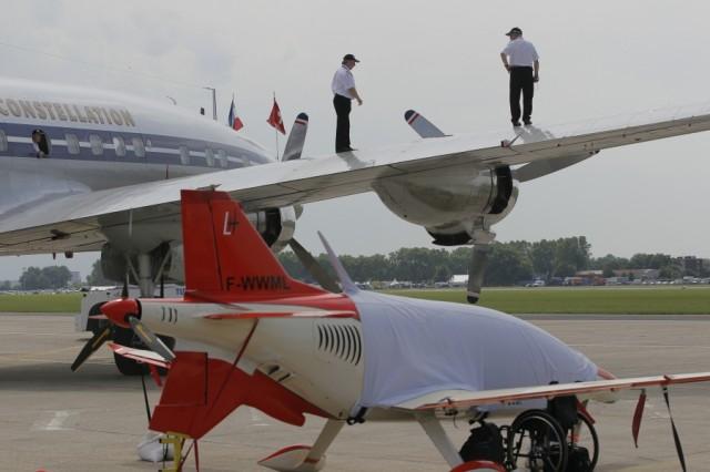 Bourget 2013 : avec Soar, Thales se lance dans le vol suborbital Par Rémy Decourt Air-journal-bourget-2013-2-640x426