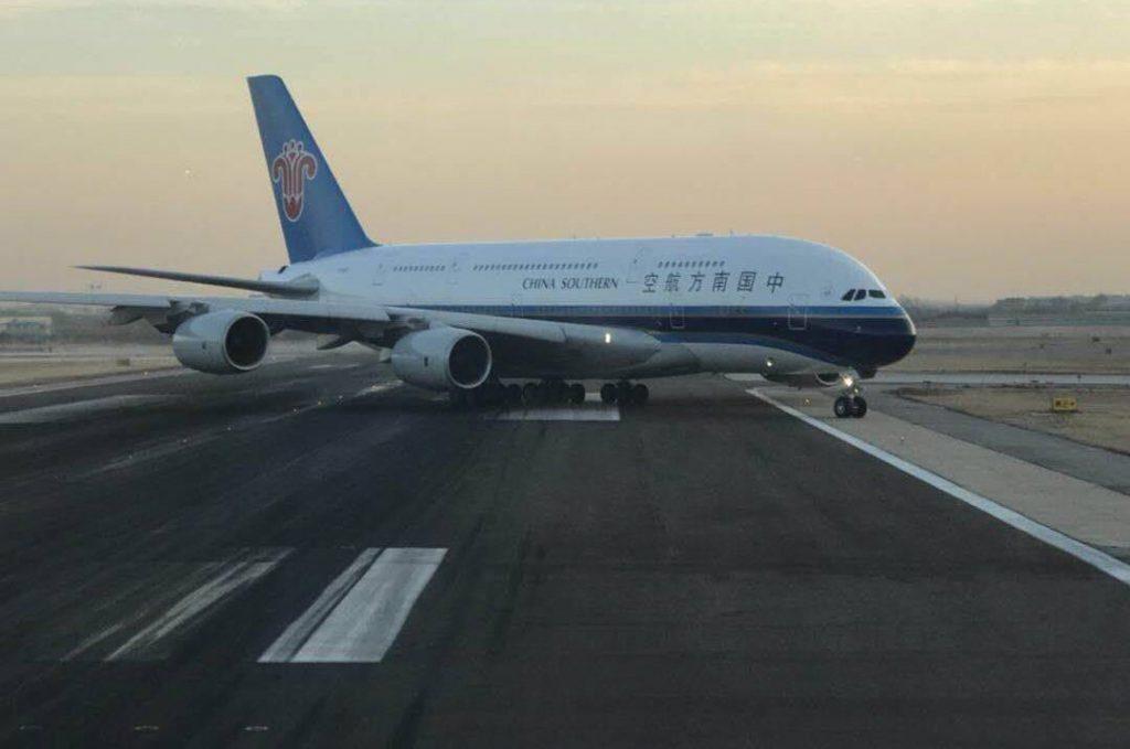 A380-800 - Page 3 DQyGQSgUIAA3Fa5-1024x679