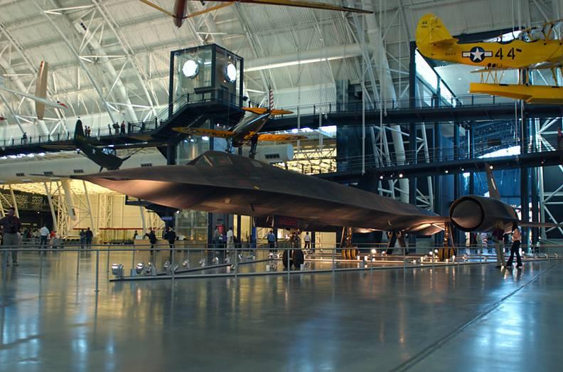 Lockheed SR-71 Black Bird Blackbird1