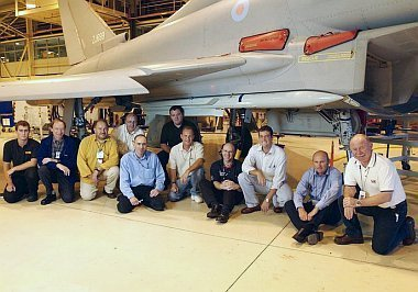 EF2000 Typhoon - Page 2 Meteor_photo