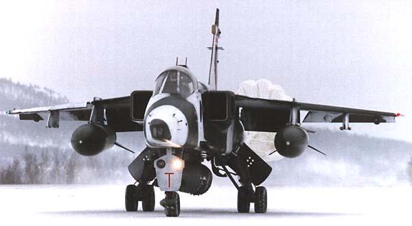 قصة ألجآكوآر ألتي كآنت ستآتي مصر قبل حرب73 بعملية مخآبرآتية  Jaguar-9