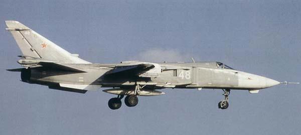 المقاتله Su-24 Fencer القاذفه  Su24mp-3