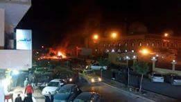 """انفجارفي بنغازي استهدف المصلّين في جامع """"بيعة الرضوان"""".. و سقوط قتلى وجرحى DUP1mfPXUAAxP2l"""
