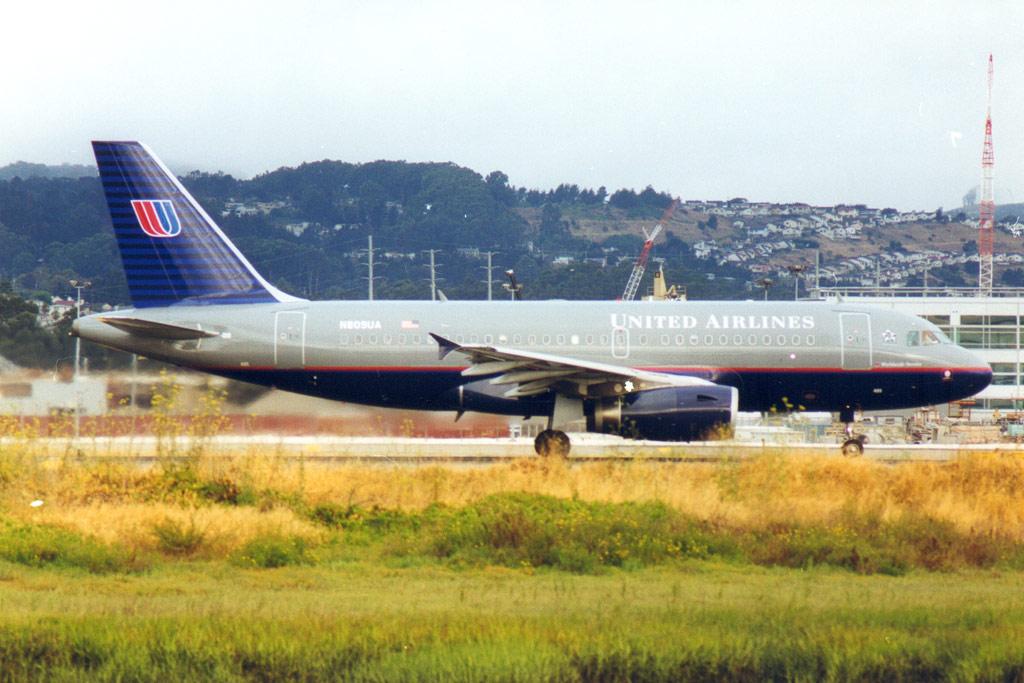Compagnies d'aviation Ua319