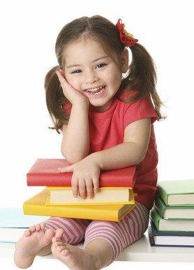 4 نصائح تساعد طفلك على تعلم القراءة MPj043948200001