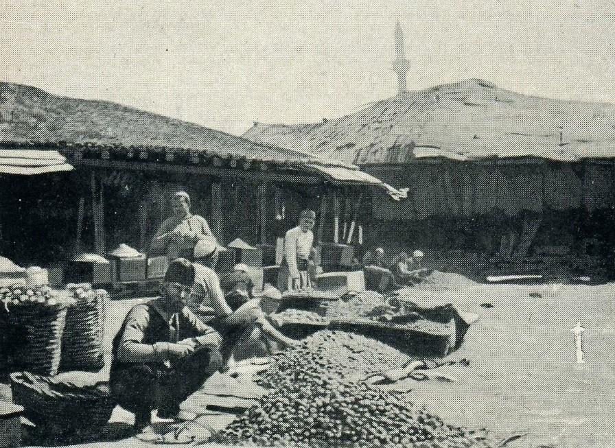 Djepat shqiptar dhe ritet tjera dhe foto historike - Faqe 5 Glj032a