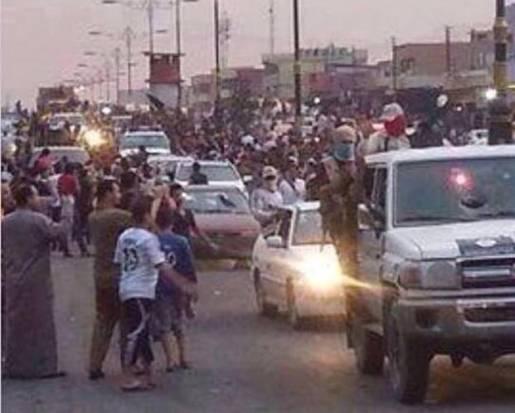 ترحيب اهل الموصل بالثوار Mosel01