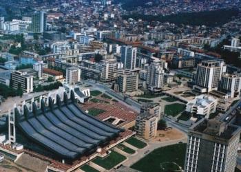 """Edhe Prishtina dëgjon """"zhurmën qiellore"""" (VIDEO) Prishtina-5"""