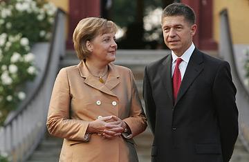 Liderët mes politikës dhe dashurisë (FOTO LAJM) 11711