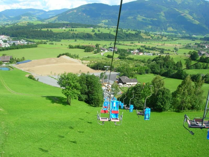 جزيره في النمسا اسمها zelamsi  7974_91244740236