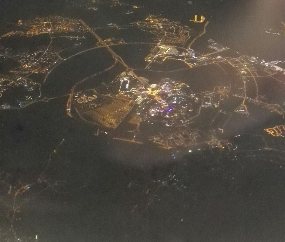Vos photos nocturnes de Disneyland Paris - Page 6 Disneysky