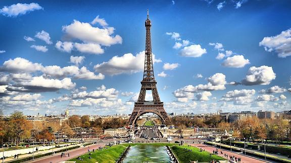 رسالة تعزية ورثاء لشهداء الارهاب والعنف والتعصب الاعمى في باريس بفرنسا وهم امنون في عقر دارهم  Paris.BR