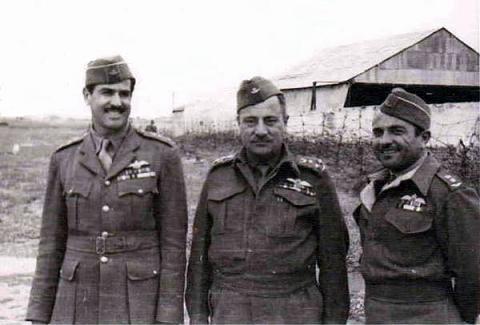 الموصلي سامي فتّاح .... أول قائد للقوّة الجوية العراقية       Tayarin.932
