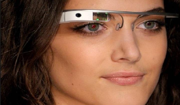 نظارت ذكية.. كمبيوتر محمول على الوجه       Aynakk.Gl