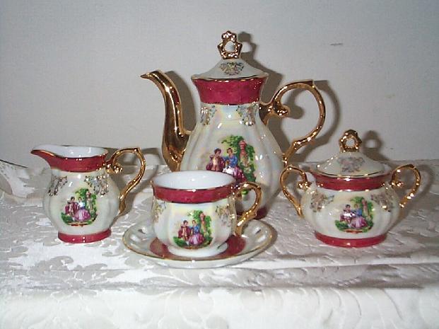 تشكيلة رائعة من أباريق وأكواب الشاي Tea.S.0