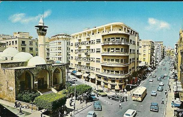 بلند الحيدري .... الشاعر العراقي الشامخ Beirut.11