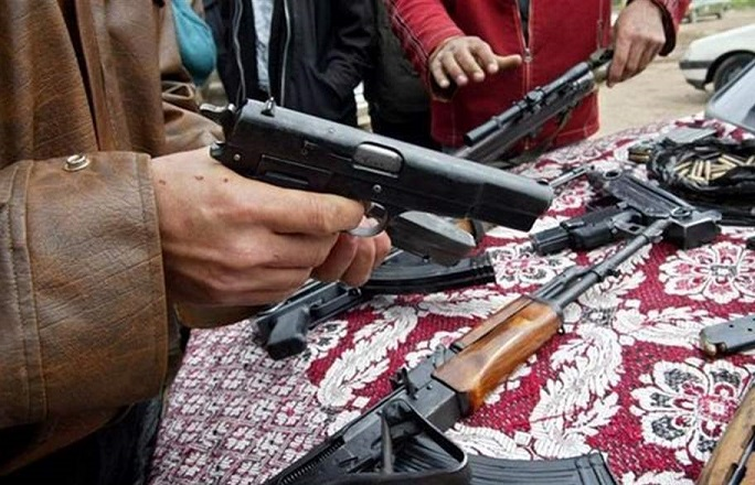 """""""سوق مريدي"""" في بغداد ... أسلحة ووثائق مزورة وأعضاء بشرية       Sugmredey"""