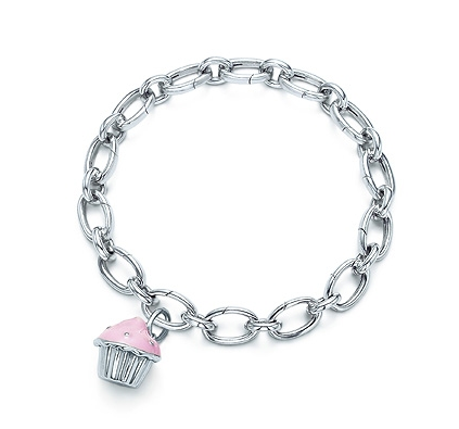 هلووو صبايا كيف حالكن هذه مجموعه من الاساور الفضيه اتمنى ان تنال اعجابكن Tiffany-co-item-cupcake-charm-with-pink-enamel-in-sterling-silver-on-a-link-clasp-bracelet-united-states_1215533493797
