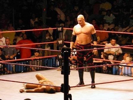 Assault [2/11/16] : 2 Man Band Kane-WWE-Superstar-16