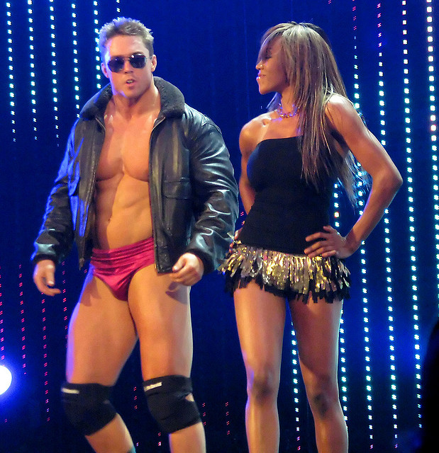 Qui est ce catcheur? - Page 22 DJ-Gabriel-And-WWE-Diva
