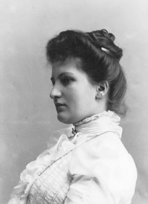 Alma Schindler-Mahler (1879 - 1964) Hist_alma_seitlich_med