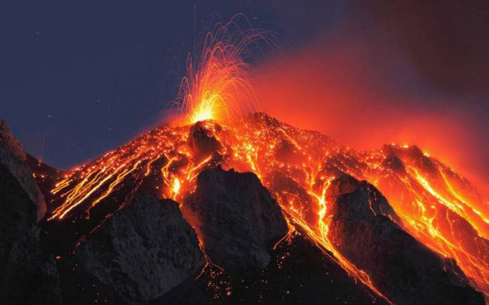 The eruption of the Popo volcano in Mexico is causing panic among the population %D8%A8%D8%B1%D9%83%D8%A7%D9%86-696x435