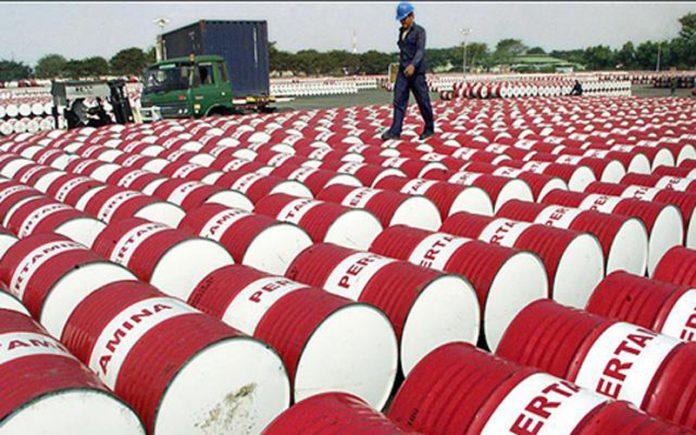 Libya pumps 272,000 b / d after pipeline repair %D9%86%D9%81%D8%B7-696x435