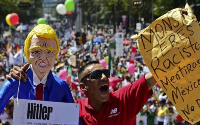 Demonstrations in Mexico denounce Trump's immigration policies %D8%A7%D9%84%D9%85%D9%83%D8%B3%D9%8A%D9%83-%D8%AA%D8%B1%D8%A7%D9%85%D8%A8-696x435