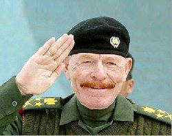 """بعد 9 سنوات من الهروب.. نائب """"صدام"""" يظهر في تسجيل مصور 3915241732489-thumb2"""
