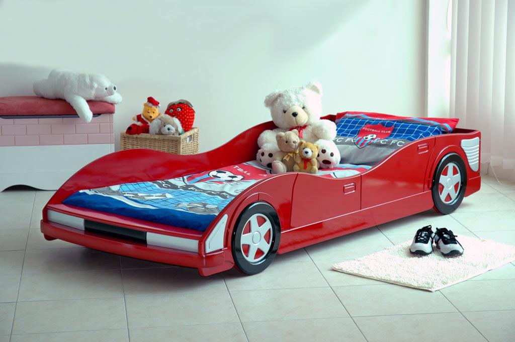 غرف نوم على شكل سيارات للأطفال  Car-bed