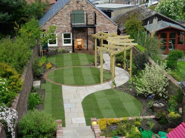 الحدائق المنزلية Designs-small-home-gardens