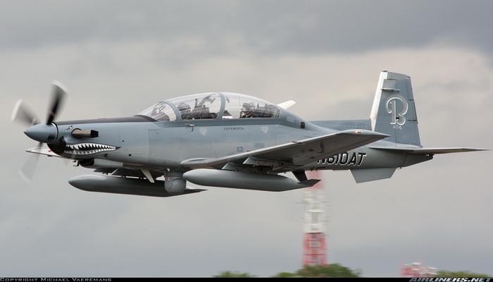 القوات الجوية البريطانية تتسلم طائرات تدريب أمريكية من طراز بيتشكرافت T-6 تكسان 2 100284