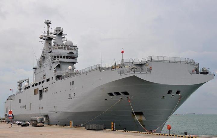 معدات روسية للحرب الإلكترونية والاتصالات والتحكم لصالح حاملتي الميسترال المصرية Egypt-Mistral-2