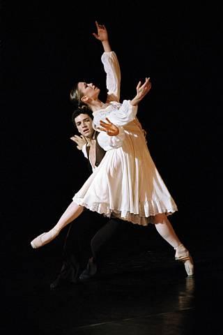 Eleonora Abbagnato Danse_arlesiennepetit_garnier