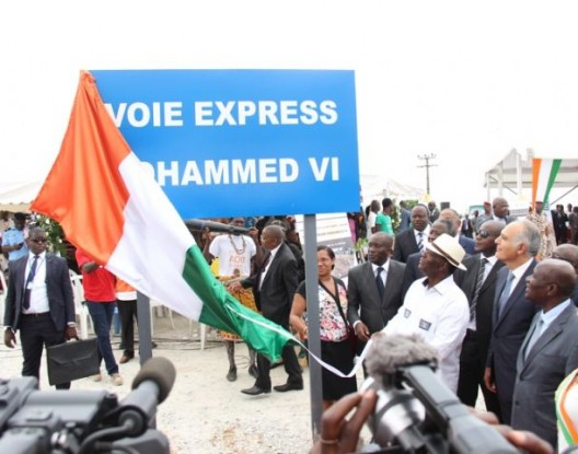 الكوديفوار تُسمي طريقا سيارا جديدا على إسم الملك محمد السادس INAUGURATION-VOIE-MOHAMED-VI-0000-528x415