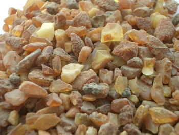 ما هو الكهرمان Raw_amber_incense_pieces_sm