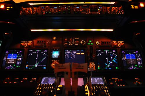 القنبلة: الجزائر تتفاوض علي الاوكس 737c