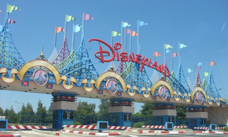 Cartes d'accès Facilité  - Page 5 Disneyland_paris