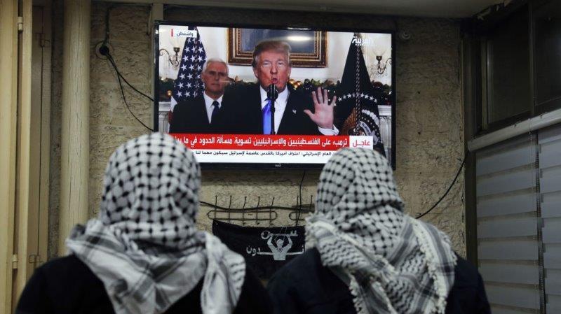 L'Era di Trump Presidente - Pagina 11 Skynews-trump-jerusalem_4175809