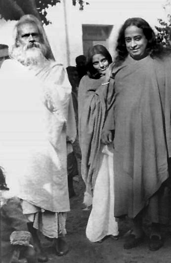 Mâ Ananda Moyî  .......La Mère Divine incarné....... ParaMa1