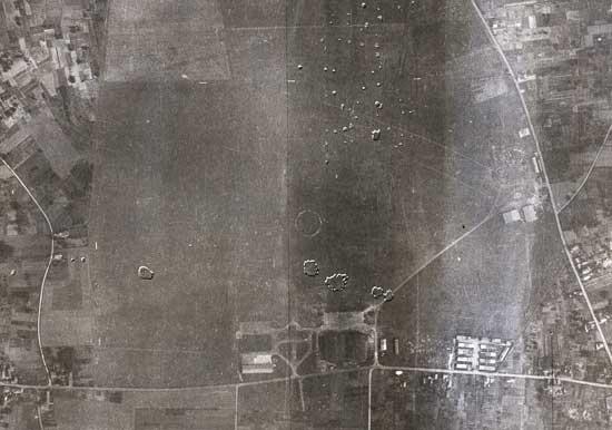 L' aérodrome d' Orléans - Saran Orleans%20saran009