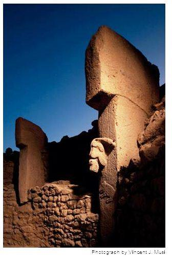 Göbekli Tepe; 7000 years older than Stonehenge 11010998_871851692862625_1099441261175692541_n